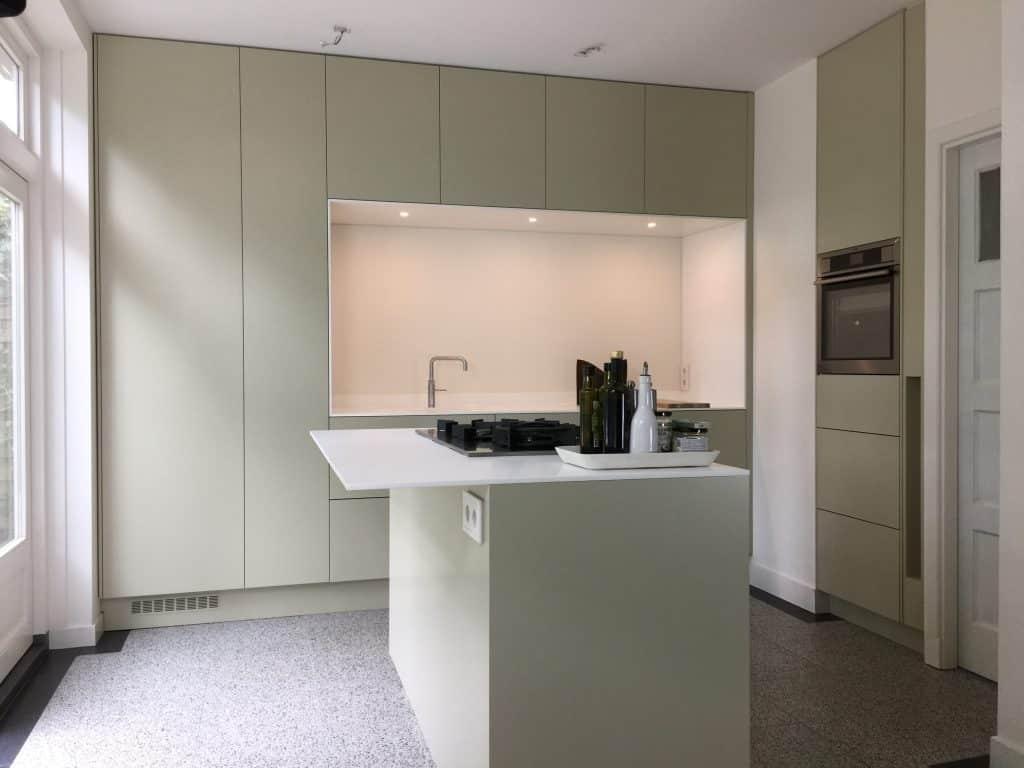 Moderne keuken op kleur